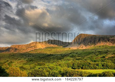 cadair idris mountain range in snowdonia national park
