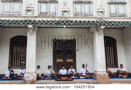 Songkla, Thailand - October 8, 2016 : Thai Students are playing Thai traditional Music, Thailand.