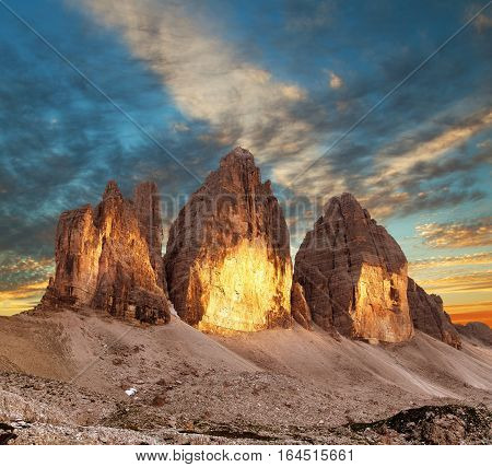 Evening view of Drei Zinnen or Tre Cime di Lavaredo Sextener Dolomiten or Dolomiti di Sesto South Tirol Dolomiten mountains view Italien Alps