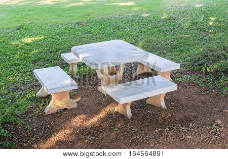 Set White Marble Table  In The Grass