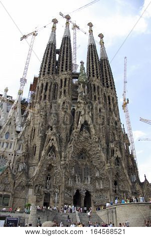 View Of La Sagrada Familia Under Construction.