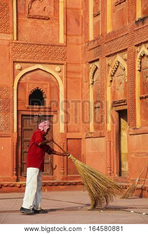 Agra, India - November 7: Unidentified Man Sweeps In Jahangiri Mahal In Agra Fort On November 7, 201