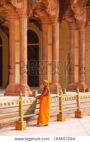 Amber, India - November 13: Unidentified Woman Sweeps Near Diwan-i-am - Hall Of Public Audience In A