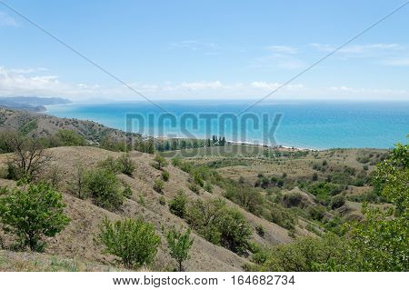 Sea views at the foot of the Crimean mountains