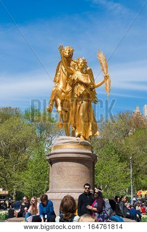 NEW YORK - APRIL 30 2016: William sherman memorial in south central park. William Sherman was a United States general who served in the American Civil War.