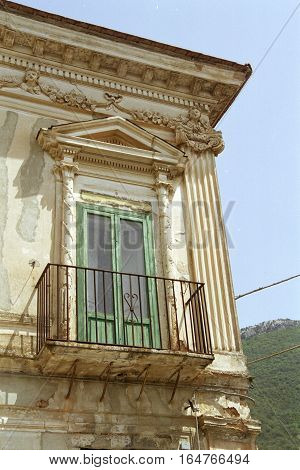 Capaccio chief town: Stabile house detail of a balcony