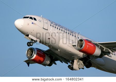 Scandinavian Airlines Airbus A319