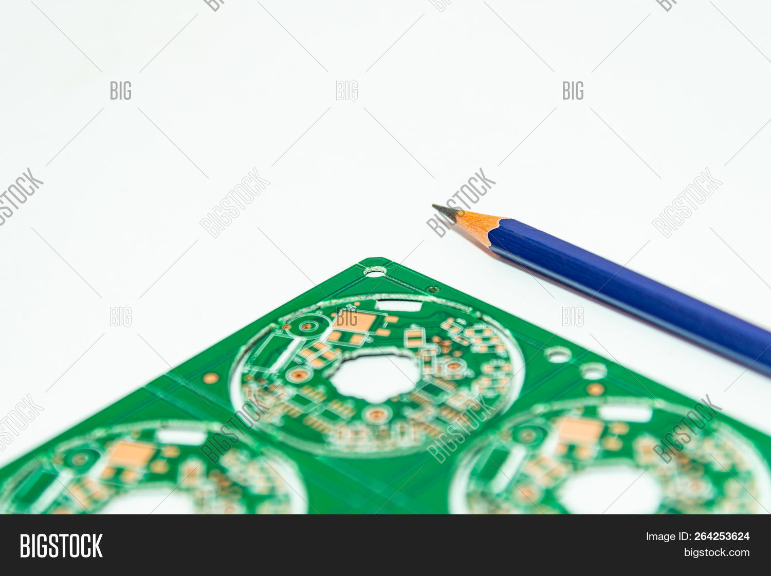 electronic product image \u0026 photo (free trial) bigstock