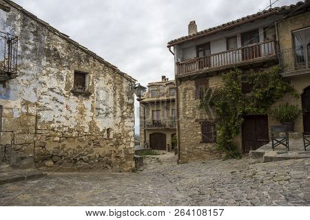 Traditional Architecture In Sos Del Rey Catolico. It Is A Historic Town And Municipality In The Prov