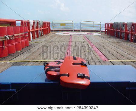 Personal Life Support Flotation Safety Device (life Jacket, Life Vest, Work Vest, Life Saving, Buoya