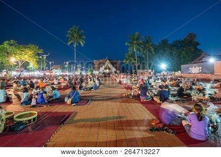 Nan,thailand - October 7, 2018 : The People Eating The Local Food At Walking Street Near Wat Phumin,