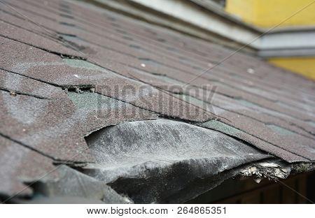 Asphalt Shingles Damage. Roofing Shingles Asphalt. Fixing Damaged Roof Shingles.