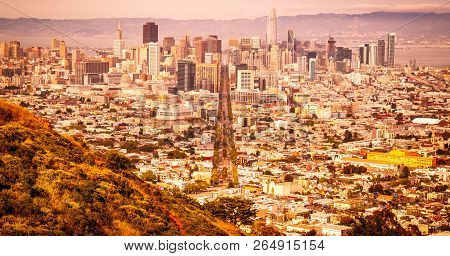 Urban Development City Symmetry In San Francisco , California Cityscape Skyline Downtown Urban Moder