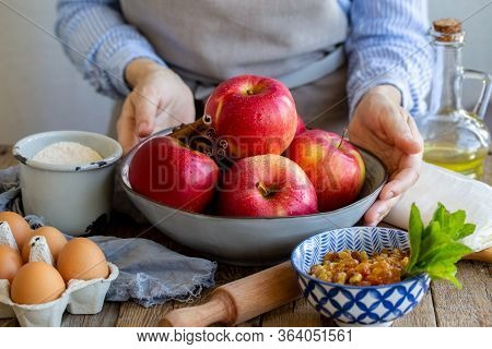 Washed Apples With Drops Of Water In A Bowl. Peel Ripe Juicy Apples. Ingredients For Apple Strudel.