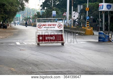 City Valsad, State Gujarat, Country-india 28/04/2020 Image Of Road Block With Barrier During Lock Do