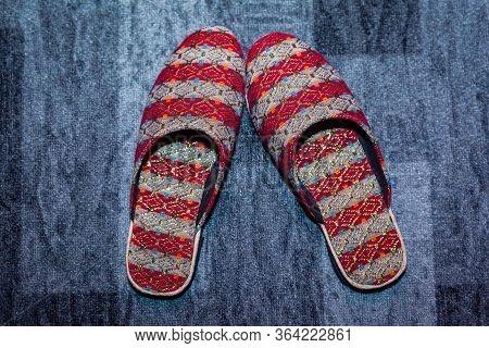 Hindu Groom's Wedding Day Sandals On The Carpet.new Men's Sandals