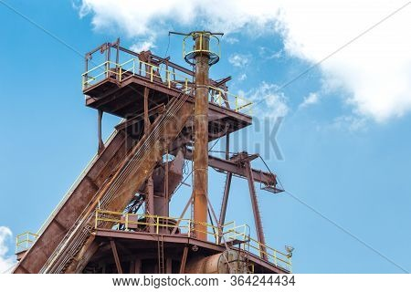 Sloss Furnaces National Historic Landmark, Birmingham Alabama Usa, Tall Industrial Structure, Rust P