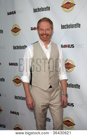 LOS ANGELES - AUG 23:  Jesse Tyler Ferguson arrives at the