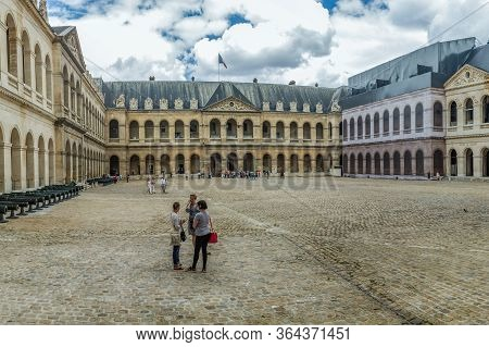 Paris, France - June 25, 2016: Les Invalides Is A Complex Of Museums In Paris, The Military History