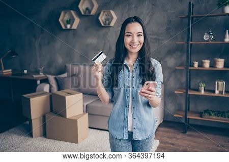 Portrait Of Her She Nice Attractive Lovely Pretty Cheerful Cheery Girl Showing Plastic Card Using De