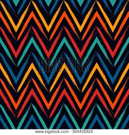 Brush Strokes Seamless Pattern. Freehand Horizontal Zigzag Stripes. Repeated Chevron Lines Backgroun