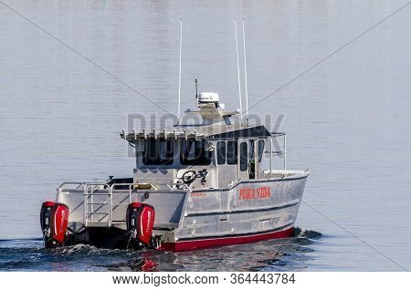 New Bedford, Massachusetts, Usa - April 29, 2020: Twin-hull, Twin-engined Powerboat Pura Vida, Haili