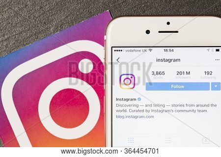 Oxford, Uk, Dec 5 2016: Smartphone Shows The Instagram App With Instagram Logos