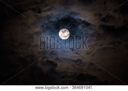 Mysterious Dark Night Sky With Full Moon And Cloud.romantic Moonlight Of Full Moon Over Cloudy Cloud
