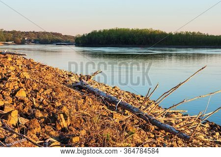 Rocky Banks Of Mississippi River In South Saint Paul At Dawn