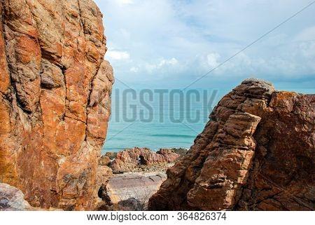 Pedra Furada (Holed Stone) at Jericoacoara beach - Ceara, Brazil