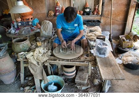 Koh Kret, Thailand 01.04.2020: Koh Kret Pottery Village, Locals Create Their Pottery From Scratch. T