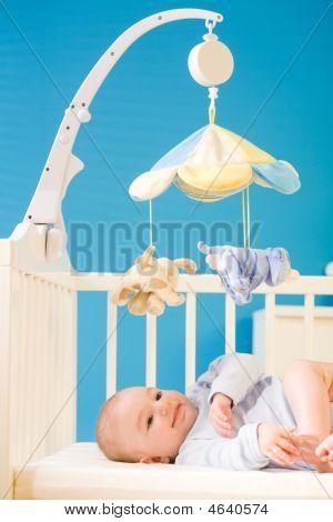 Baby an Kinderstube