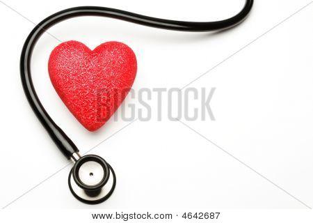 Stethoscope und Herz