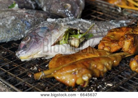 Thai barbecue with fish and chicken
