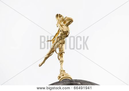 Ariel Statue, City of London