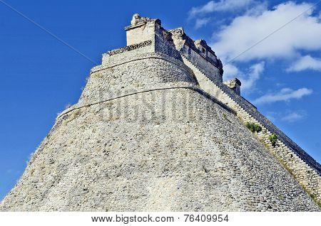 Maya pyramid of the Magician