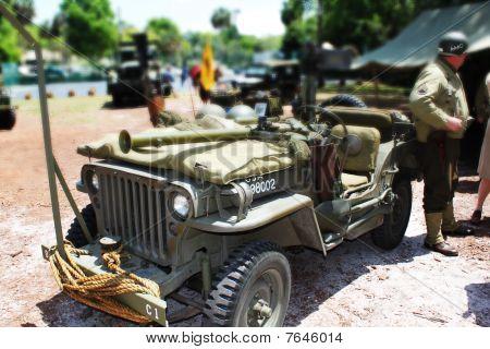Miniature Army suv