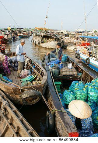 Cai Rang Floating Market, Mekong Delta Travel