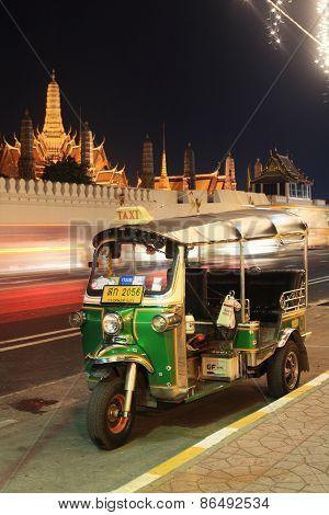 Tuktuk Parking Near Grand Palace Or Wat Phra Kaew