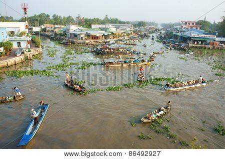 Crowded, Nga Nam Floating Market, Mekong Delta Travel