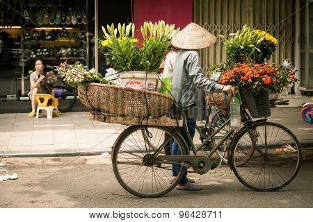 Flower vendors in Hanoi