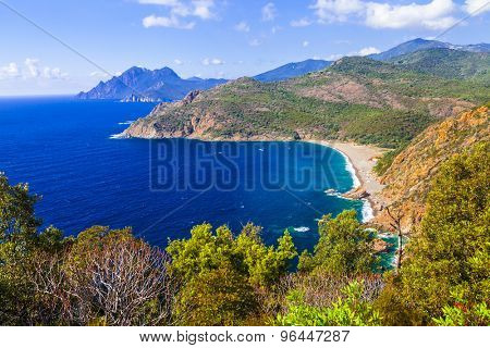 stunning ladscapes of Corsica island