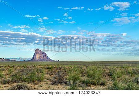 Shiprock (Navajo: Tsé Bit'a'í