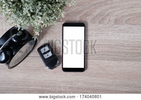 Top View Remote Keyless With Blank Screen Smartphone