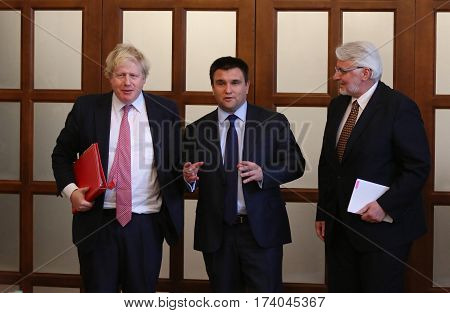 P.klimkin, B.johnson And W.waszczykowski Press Conference In Kiev