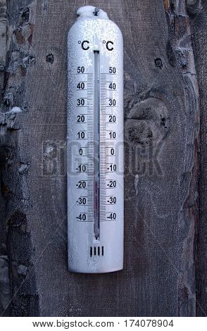 low temperature thermometer cold low winter Celsius