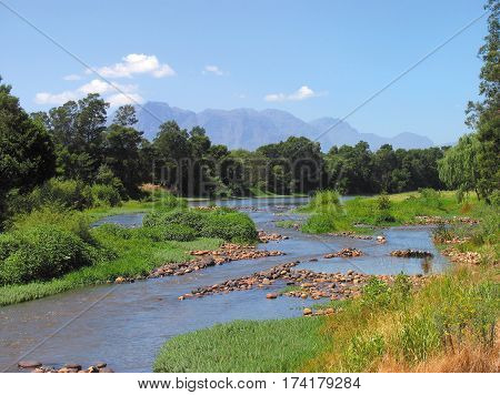BERG RIVER, FRANCHHOEK, CAPE TOWN SOUTH AFRICA 15yyu