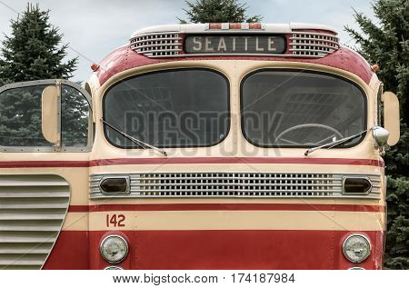 Bus #142 to Seattle - vintage bus front