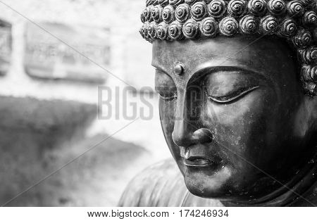Meditating Japanese Buddha Statue