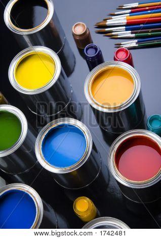 Paints & Brushes